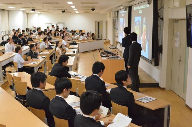 2011(平成23)年4月入学生から医歯学融合教育を開始した。医歯学融合教育の講義を行うため、3号館3階を改修し、講義室を設置した。