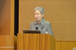 講演する香川女子栄養大学学長